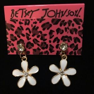 Betsey Johnson daisy dangle crystal earrings